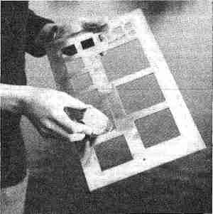Gravelometer as developed by Hay and Thorn (1983)